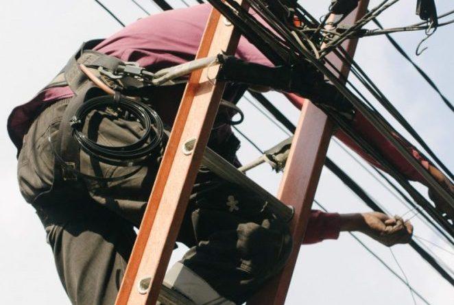 第二種電気工事士の資格に更新はありません。一生使える便利な資格